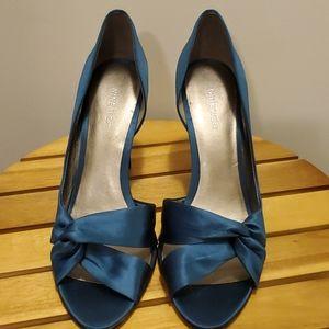 Nine West Blue teal twisted satin heels